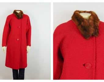 Vintage Coat Hand Tailored Red 50s Coat Big Buttons Real Fur Collar Modern Size