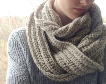 Oversize Knit Infinity Scarf / Chunky Crochet Circle Cowl Scarf / Oatmeal Cream Taupe / 100% Virgin Lamb's Wool