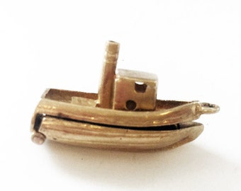 Vintage Gold Charm - 9ct Gold Boat Charm