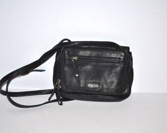 90s Perlina  black  leather flap Satchel messenger shoulder crossbody  bag  Excellent condition