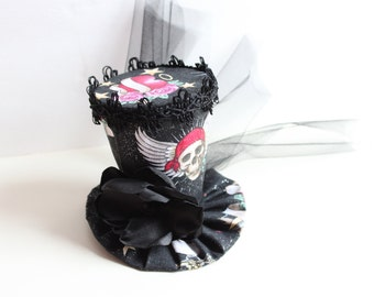 Skulls and Hearts Mini Hat - Mini Top Hat in Black - Mad Hatter Hat
