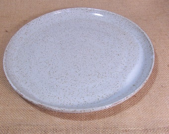 Made to order set of 6 large dinner plates. Glazed in Speckled white.