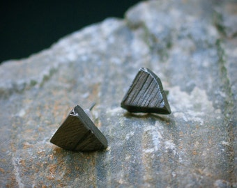 ALCHEMY post earrings, organic ruff pyramid, raw black triangle, crude post earrings, rustic studs, gift idea, september, maria solorzano