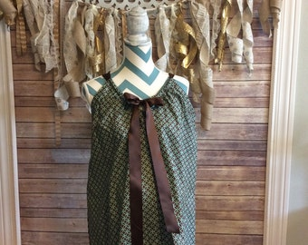 Maternity Hospital Gown- green with brown circles