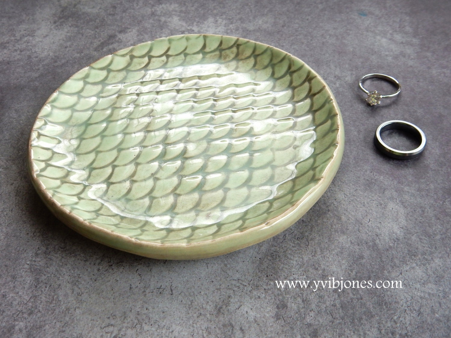 Mermaid Scale Ring Holder Jewelry Dish Small Snack Plate Sea Glass
