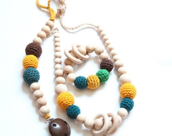 Natural nursing necklace, teething toy and pacifier clip. Teething Set of 3. Rattle, baby gift