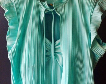 Gorgeous 70's Vintage Women's Mint gown and jacket Dress size small