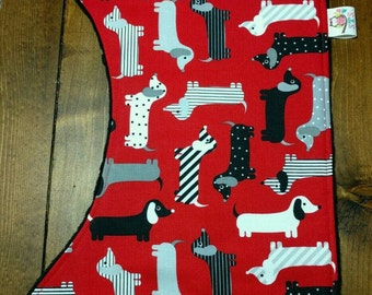 Reversible Baby Burp Cloth Red and Black Dachshunds with Black Dimple Minky Newborn Infant Baby Boy Girl Drool Pad Accessories ITEM #253