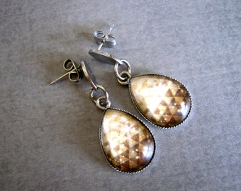 Tan Triangle Earrings : Glass Drop