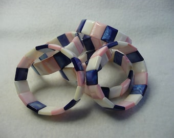 CLOSEOUT  Top Quality Shell Stretch Bracelets  6pc Lot