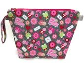 KNITTING PROJECT BAG - Medium, Zippered Wide Mouth Wedge Bag, Love Letters, Zippered Project Bag, Handmade, Knitting Bag, Shawl Bag