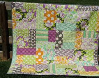 Lottie da Twin Quilt, Full Coverlet