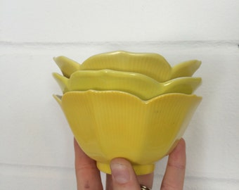 Set of 3 Ombre Yellow Lotus Bowls