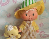 Vintage Strawberry Shortcake butter cookie and jelly bear