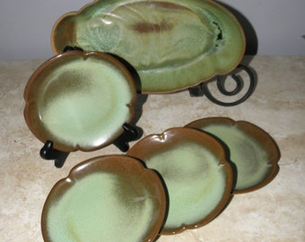 Frankoma Prairie Green Baking/Serving Dish & 4 Dessert Plates/BB Plates