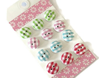 12 x Assorted Gingham Buttons - 15mm Wooden Buttons - 15mm 2-hole Buttons