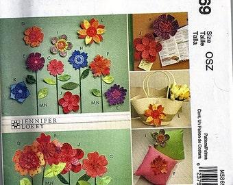 Dimensional Flowers / Original McCall's Fashion Accessories Uncut Sewing Pattern M5869
