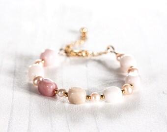 620_Pastel pink bracelet, pastel opal bracelet, pink pearl jewellery, cream bracelet, cream opal jewellery, blush opal bracelet, wedding.