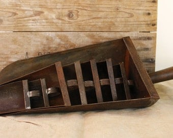 Vintage French Metal Grain Scoops...EIGHT Scoops in Various Sizes....Rustic Kitchen...Shabby Chic....Nordic Living.