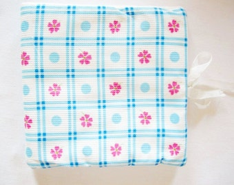 Lovely Vintage 60ies pink white and blue handkerchief pouch bag for handkerchiefs