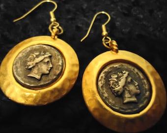 Boho 1990s Vintage Gold Coin Pierced Drops