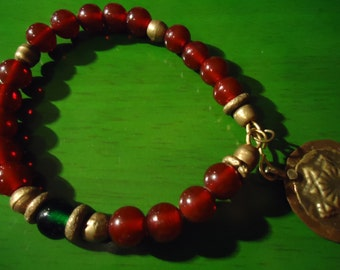 Boho Gypsy Inspired Raspberry, Emerald And Gold Tone Heart Flowers In Gold Bracelet