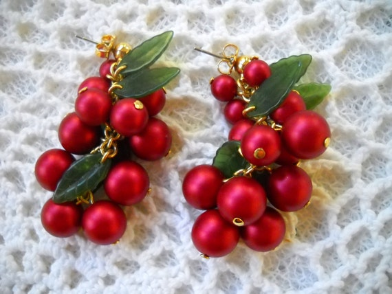 Vintage Cherry Red Earrings, Red and Gold Bead Dangling Earrings, Holiday Party Earrings, Cranberry Red Pierced Earrings, Holiday Earrings