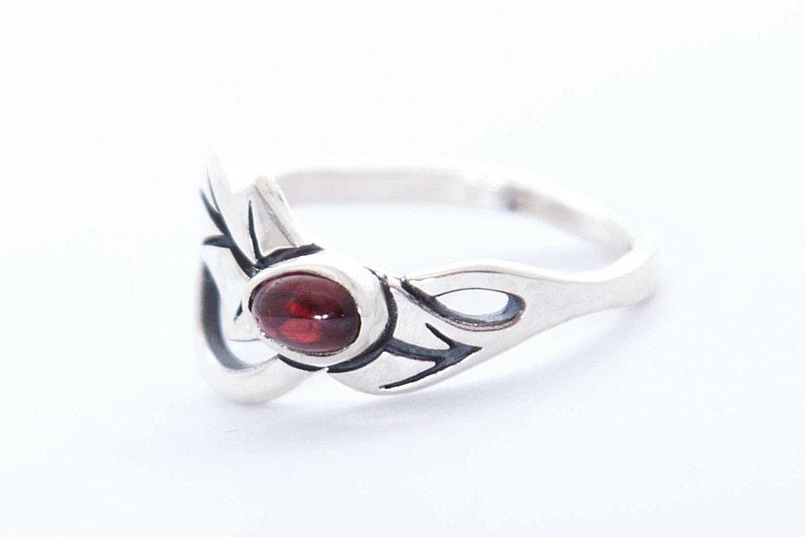 ring leaf ring silver ring garnet ring