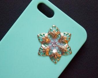 Light green Iphone 5s case, Handmade Iphone case, Green Iphone 5 case