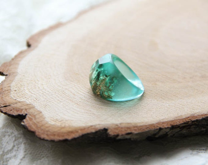 Teal Faceted Geometric Resin Ring, Light Green Resin Ring With Flakes, Modern Materials Ring, Unique Resin Ring, Epoxy Ring
