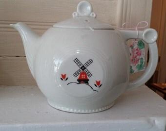 Vintage Drip-O-Lator Tea pot with Windmill Decor - Made by The Enterprise Aluminum Company in Massillon, Ohio