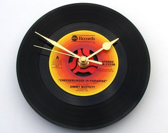 """JIMMY BUFFETT CLOCK made from a recycled vinyl 7"""" record. """"Cheeseburger In Paradise"""" For fans country music men women gift for dad mum"""