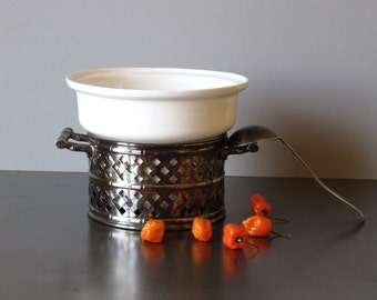 Vintage soup serving bowl, kitchen serving