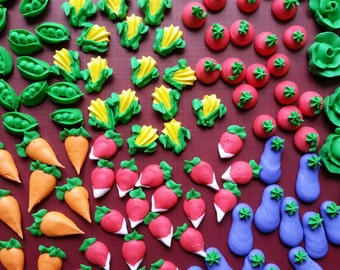 Mini royal icing garden veggies -- Edible cake decorations cupcake toppers (28 pieces)