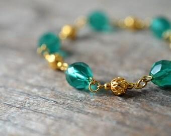 Turquoise glass bead bracelet Delicate filigree link gold chain bracelet Turquoise bracelet Beaded chain bracelet Office jewelry for women