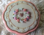 Avon Tin Lavender Filled Vintage Storage 3D Scalloped Edge Pink Ribbon Roses Pearls Lace Fragrant Dried Herb Sachet Filler Craft Supplies