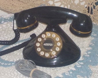 Vintage Retro  Metropolis  Pretty Black and Gold Phone
