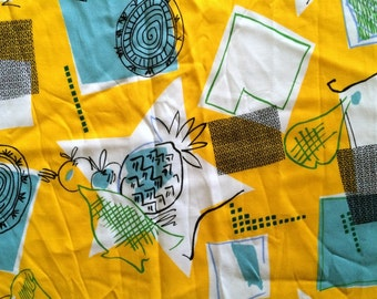 3 Yards Vintage Novelty Fabric Cute Fruit and Atomic Pineapples Mid Century Modern Lemon Yellow Robin Egg Blue Cool Cotton Cute Bright Fun