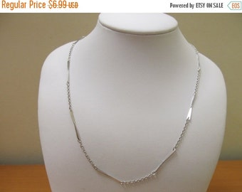 "On Sale AVON ""Nothing Style"" Necklace Item K # 769"