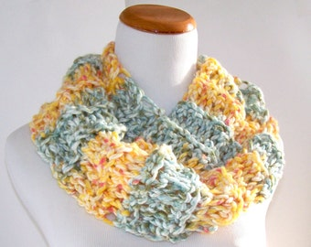 Long Crochet Chunky Scarf Cowl Infinity Scarf Unisex Scarf Green and Yellow