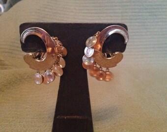 Vintage Goldtone Design Clip On Earrings