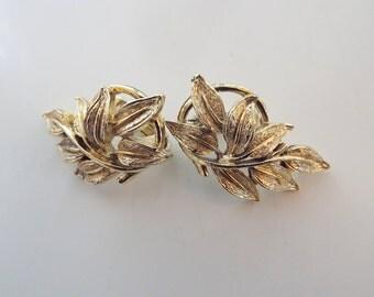 Coro Signed Leaf Clip On Earrings