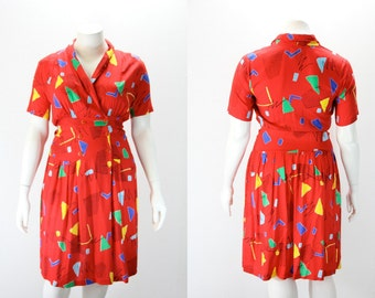 LG Vintage Dress w 1980s Graphics