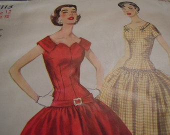 Vintage 1950's Simplicity 1113 Dress Sewing Pattern, Size 12, Bust 30