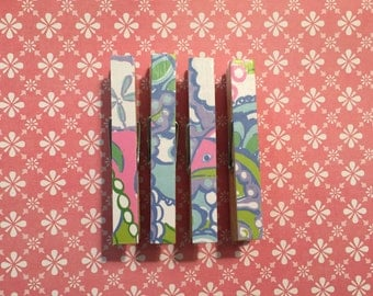 Lilly Pulitzer Conch Republic Print: Clothespin Magnets, Blue, Green, White, Pink, Purple, Set of four