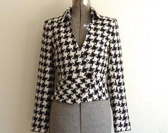 RESERVED 1980s Bloomingdale's Black & White Houndstooth Cropped Blazer Coat Jacket Size 8P | Made in USA