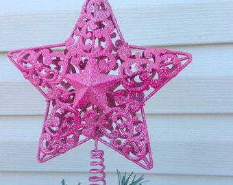 """7"""" Scrolled Shimmery Hot Pink Star Christmas Tree Topper / Metal Star Christmas Holiday Decor"""