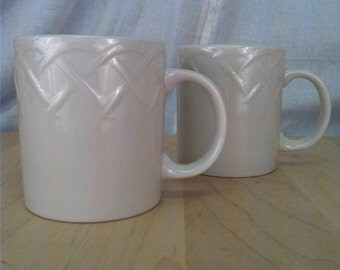 "Oneida Picnic Coffee Mugs (2) White Embossed Lattice Basketweave 3.75"" inches tall Excellent condition"