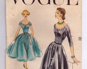 VERY RARE! FF 1956 Vogue Sexy Evening Dress Inverted Pleats Low Neckline Vintage Sewing Pattern - Vogue 8956 - Flared Skirt Size 14 Bust 34