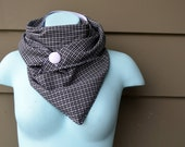 Triangle Scarf. Black and White. Plaid. Checker. Classy scarf. Gift for her. Gift for him. Triangle scarves. Unisex scarf. Winter fashion.